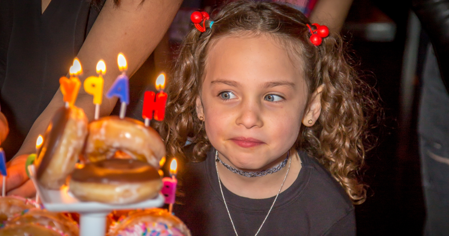 Event photography photo session seventh 7th birthday party Emeri bowling place donut cake at Bowlero in Woodland Hills Los Angeles California 03/04/2018
