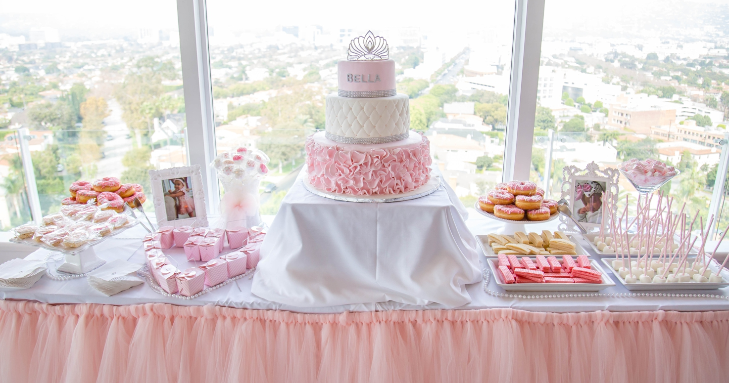 Event photography photo session Bella first 1st birthday party with Cinderella princess at Mr. C Hotel in Los Angeles California 11/12/2017