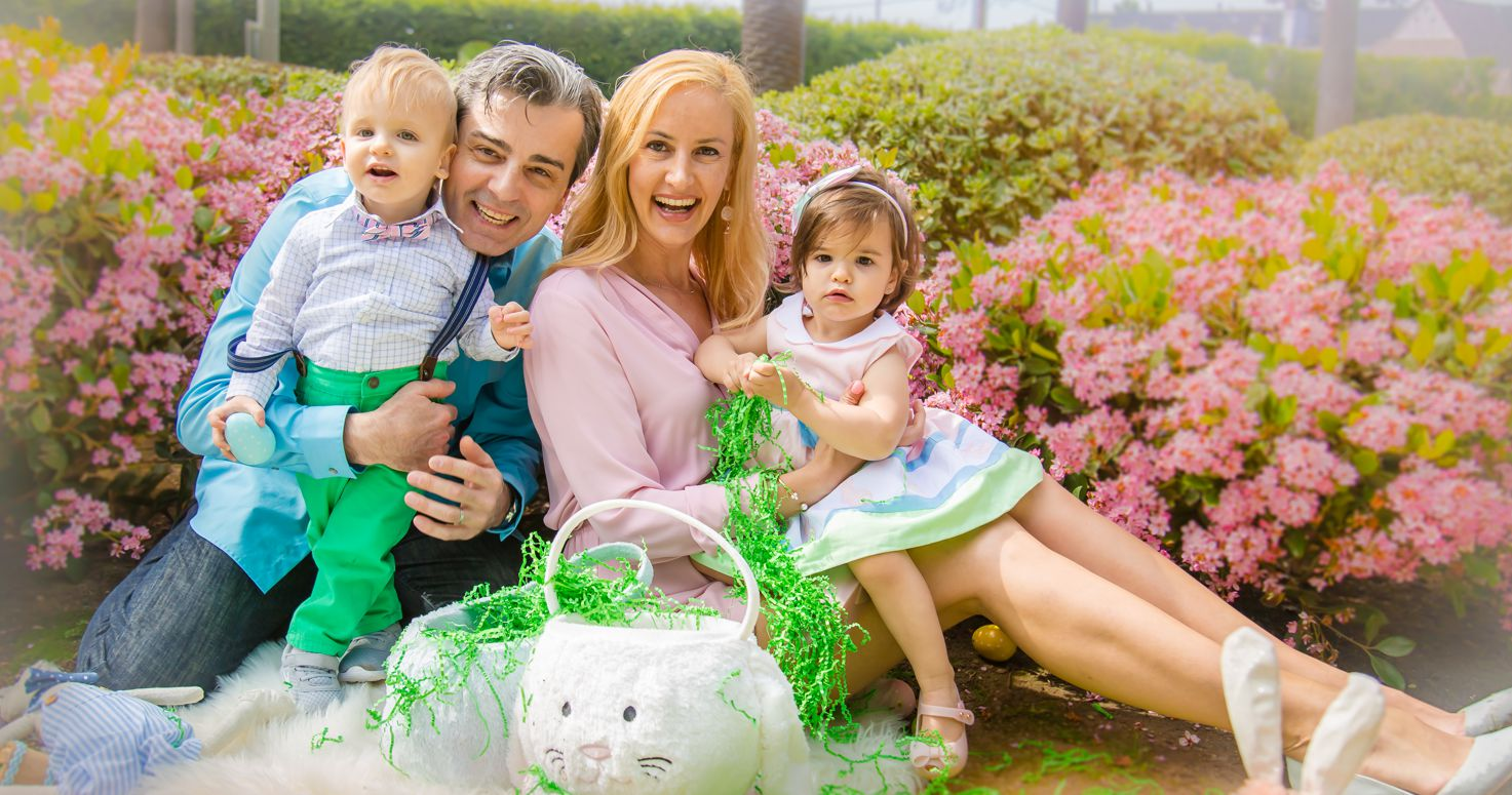 Family photography photo session with Mateescu family Julia Danny Cristina Mikhael Easter time at Will Rogers Memorial Park in Beverly Hills Los Angeles California 03/31/2018