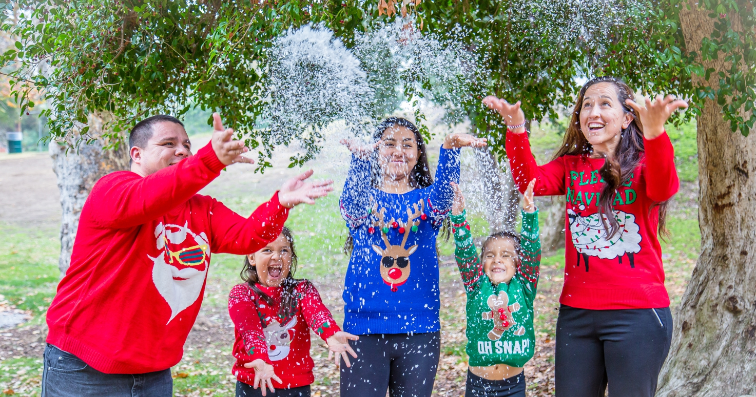 Kids photography children photo session Christmas family mini at Griffith Park in Burbank Los Angeles California 11/20/2016